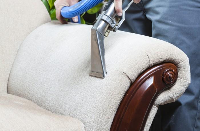 Teppich- / Polsterreinigung